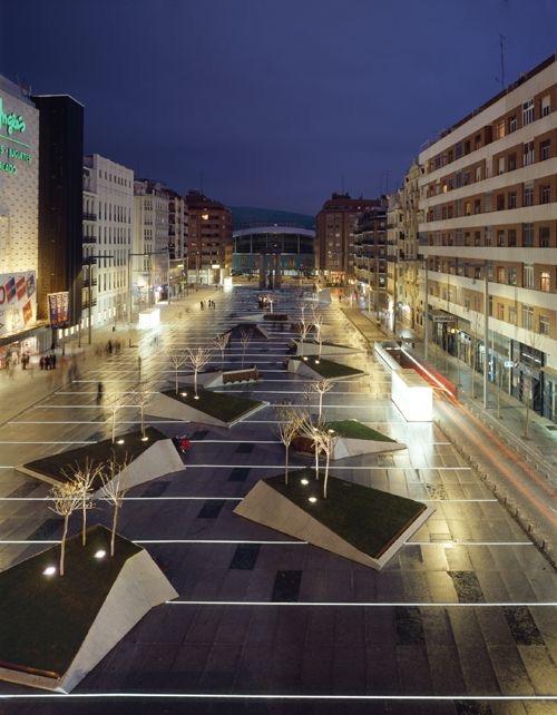 Plaza 07